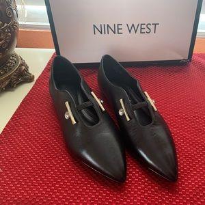 Nine West flats **New**